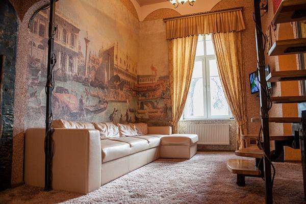1-комнатная квартира посуточно в Львове. Галицкий район, пр-т Свободы, 22. Фото 1
