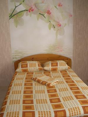 1-комнатная квартира посуточно в Одессе. жилмас. Радужный, 19/2. Фото 1