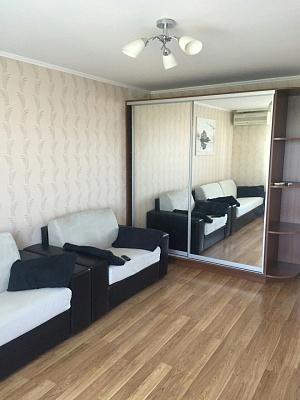 1-комнатная квартира посуточно в Одессе. Киевский район, ул. Мачтовая, 20. Фото 1