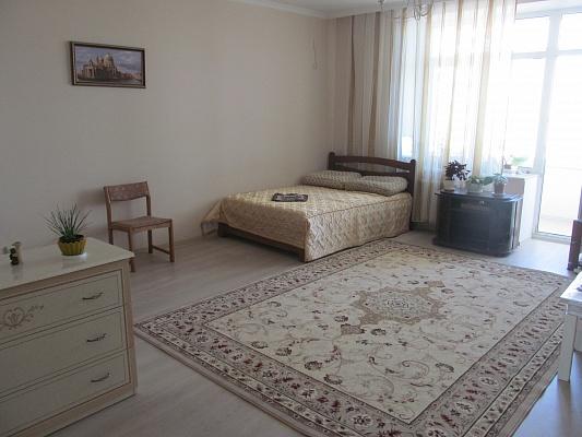 1-комнатная квартира посуточно в Одессе. ул. Левитана, 62. Фото 1