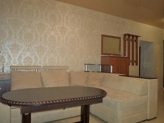 2-комнатная квартира посуточно в Одессе. Приморский район, ул. Колонтаевская, 28. Фото 1