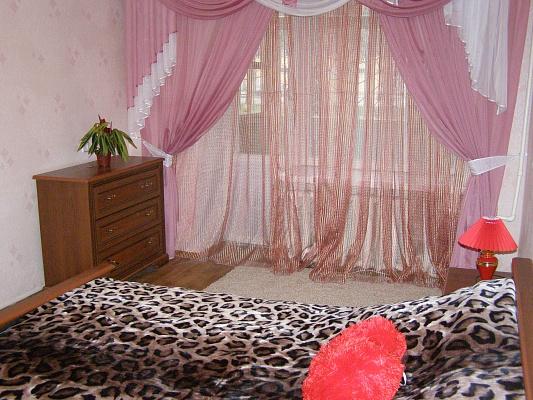 2-комнатная квартира посуточно в Николаеве. пр-т Мира, 17. Фото 1