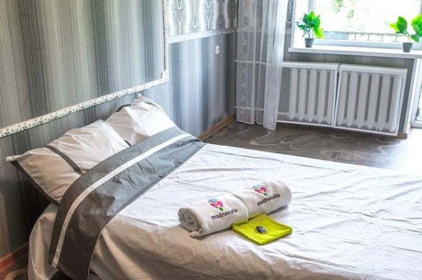 1-комнатная квартира посуточно в Харькове. Дзержинский район, ул. 23-го Августа, 22. Фото 1