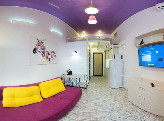 2-комнатная квартира посуточно в Харькове. Дзержинский район, ул. Целиноградская, 54. Фото 1