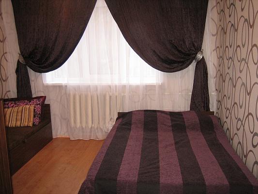 1-комнатная квартира посуточно в Киеве. Святошинский район, ул. Вернадского, 63. Фото 1
