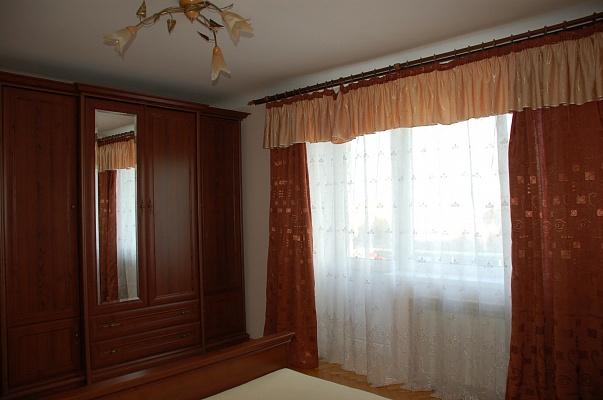 3-комнатная квартира посуточно в Ровно. майдан Независимости, 1. Фото 1