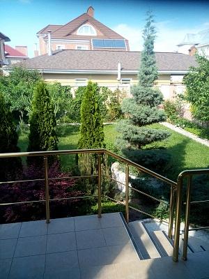 4-комнатная квартира посуточно в Одессе. ул. Солнечная, 20. Фото 1