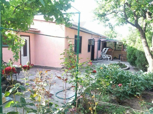 Дом  посуточно в Одессе. Киевский район, ул.Фонтанская дорога, 139. Фото 1