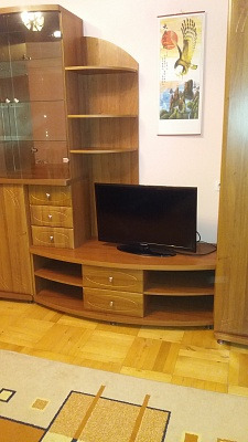 1-комнатная квартира посуточно в Тернополе. ул. Анатолия Живова, 26. Фото 1