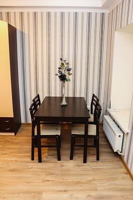 1-комнатная квартира посуточно в Одессе. Приморский район, ул. Базарная, 110. Фото 1