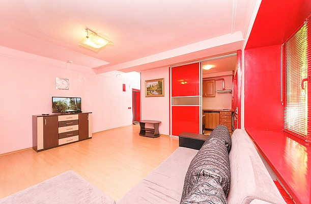 2-комнатная квартира посуточно в Киеве. Печерский район, б-р Леси Украинки , 14. Фото 1