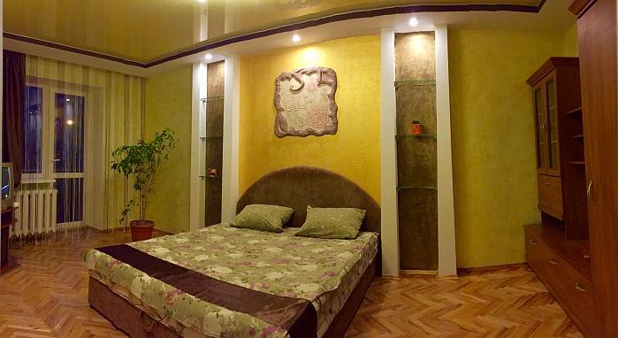 1-комнатная квартира посуточно в Луцке. пр-т Грушевского, 29. Фото 1