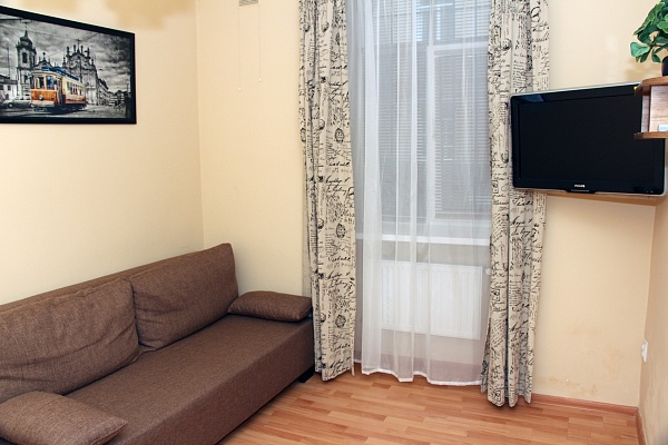 1-комнатная квартира посуточно в Львове. Галицкий район, ул. Шота Руставели, 18. Фото 1
