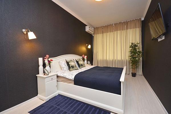 1-комнатная квартира посуточно в Сумах. ул. Воскресенская, 18. Фото 1