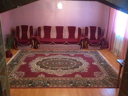 Дом квартира посуточно в Верховине. ул. Параджанова, 11. Фото 9