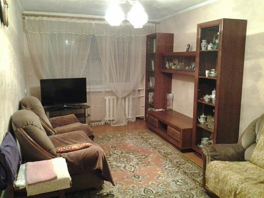 2-комнатная квартира посуточно в Ильичёвске. ул. Спортивная (Гайдара), 5. Фото 1