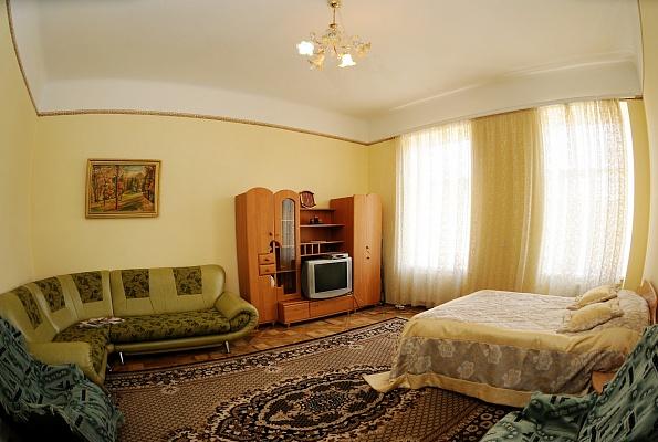 1-комнатная квартира посуточно в Львове. Галицкий район, ул. Коперника, 62. Фото 1