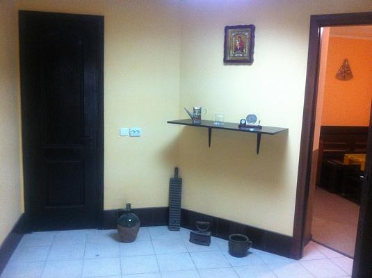 1-комнатная квартира посуточно в Тернополе. ул. Назария Яремчука, 41. Фото 1