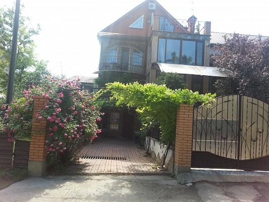 Дом  посуточно в Одессе. Киевский район, Фонтанская дорога, 95-А. Фото 1