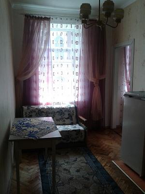 1-комнатная квартира посуточно в Львове. Франковский район, ул. Федьковича, 4. Фото 1