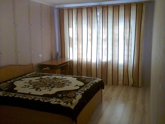 1-комнатная квартира посуточно в Полтаве. Киевский район, ул. Баленко, 2. Фото 1