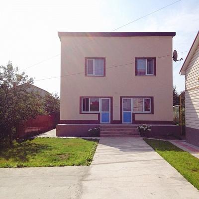 Дом  посуточно в Хмельнике. ул. Д. Нечая, 3а. Фото 1