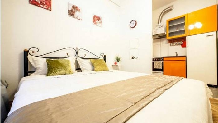 1-комнатная квартира посуточно в Львове. Галицкий район, ул. Огиенко, 15. Фото 1