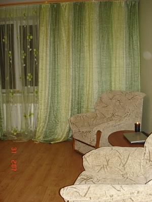 1-комнатная квартира посуточно в Ильичёвске. Героев Сталинграда, 1в. Фото 1