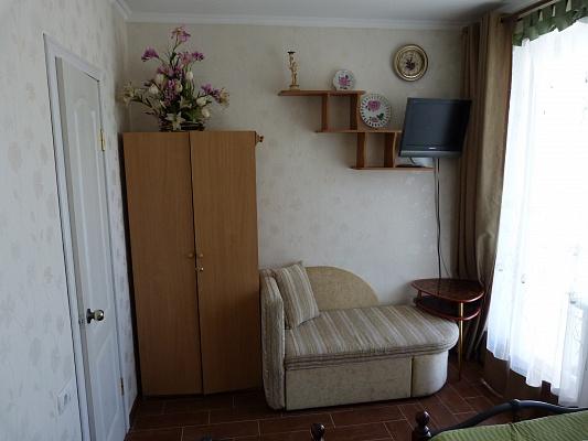 Дом  посуточно в Одессе. Киевский район, пер. Рулевой, 1. Фото 1