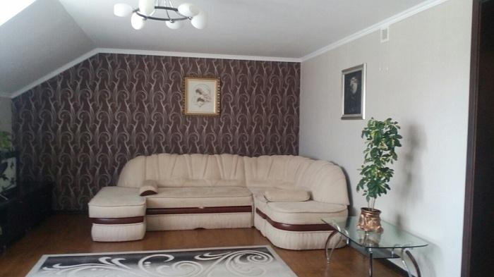 2-комнатная квартира посуточно в Ивано-Франковске. ул. Вовчинецкая, 103. Фото 1