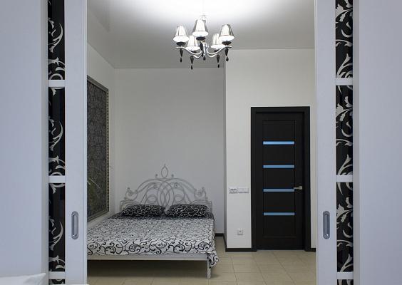 2-комнатная квартира посуточно в Одессе. Приморский район, Гагаринское плато, 5-А. Фото 1