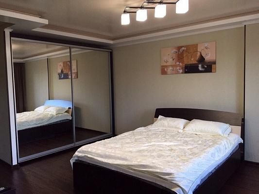 1-комнатная квартира посуточно в Запорожье. Орджоникидзевский район, пр-т Профсоюзов, 4. Фото 1