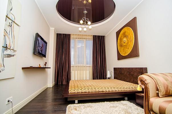 1-комнатная квартира посуточно в Одессе. Киевский район, ул. Королёва, 5\4. Фото 1