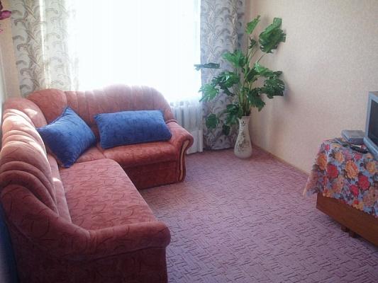 2-комнатная квартира посуточно в Житомире. ул. Киевская, 53. Фото 1