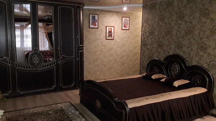 1-комнатная квартира посуточно в Сумах. Ковпаковский район, пр-т Шевченко, 18. Фото 1