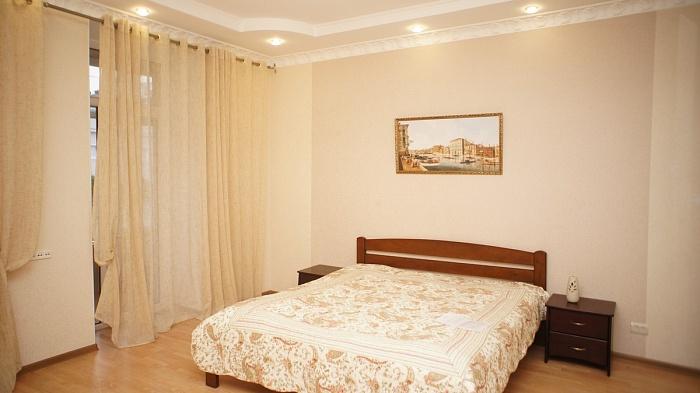 2-комнатная квартира посуточно в Одессе. Приморский район, ул. Тираспольская, 3. Фото 1