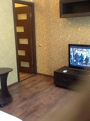 2-комнатная квартира посуточно в Одессе. Приморский район, Троицкая, 39. Фото 1