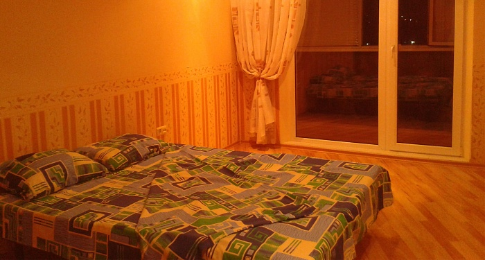 3-комнатная квартира посуточно в Харькове. Киевский район, ул. Блюхера, 3. Фото 1