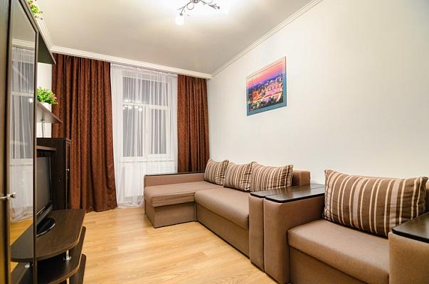2-комнатная квартира посуточно в Львове. Галицкий район, ул. Балабана, 21. Фото 1