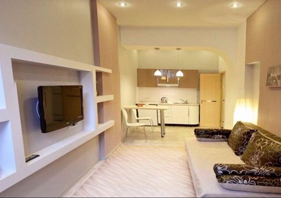 1-комнатная квартира посуточно в Одессе. Приморский район, ул. Бунина, 29. Фото 1
