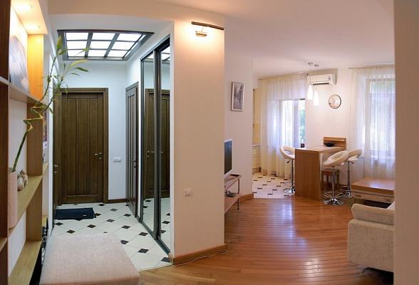 3-комнатная квартира посуточно в Николаеве. Центральный район, ул. Фалеевская, 3. Фото 1