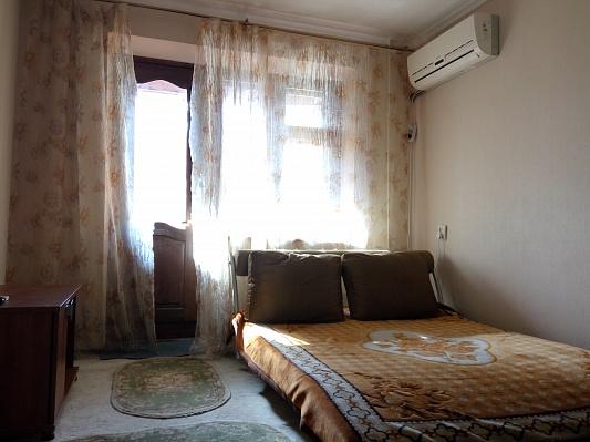 1-комнатная квартира посуточно в Одессе. Малиновский район, ул. Космонавтов, 24. Фото 1