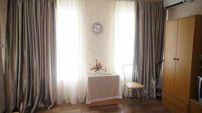 1-комнатная квартира посуточно в Одессе. Приморский район, ул. Новосельского, 85. Фото 1