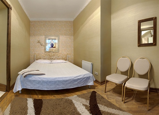 1-комнатная квартира посуточно в Львове. Галицкий район, ул. Галицкая, 3. Фото 1