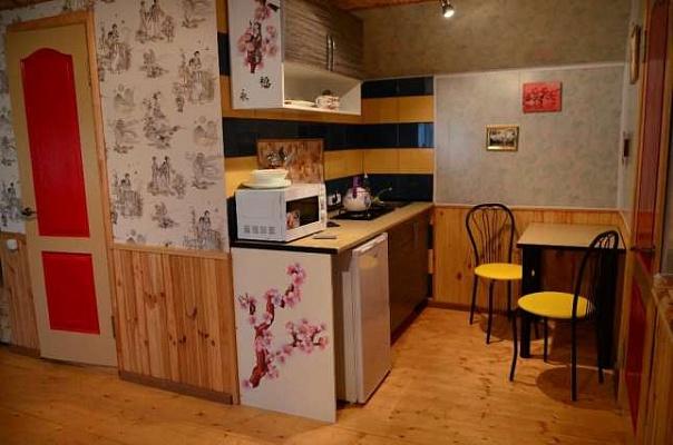 1-комнатная квартира посуточно в Кривом Роге. Саксаганский район, ул. Гданцевская, 6. Фото 1