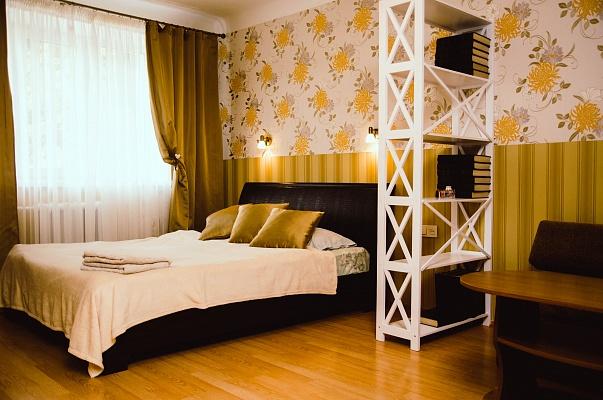 1-комнатная квартира посуточно в Чернигове. Деснянский район, пр-т Мира, 35. Фото 1