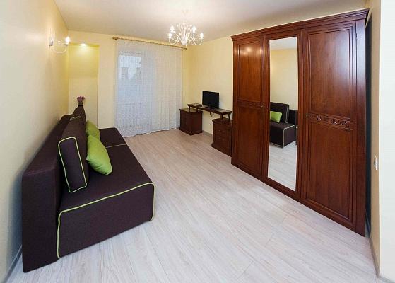 1-комнатная квартира посуточно в Одессе. Приморский район, ул. Дерибасовская, 9. Фото 1