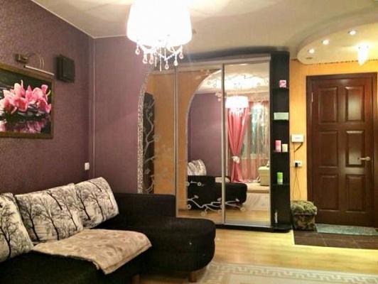2-комнатная квартира посуточно в Днепропетровске. Бабушкинский район, жил.массив Тополь-2, 12. Фото 1