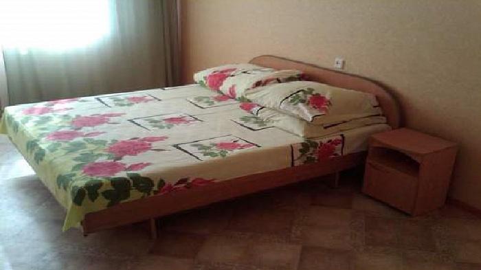 3-комнатная квартира посуточно в Харькове. Октябрьский район, Григоровское шоссе, 53. Фото 1