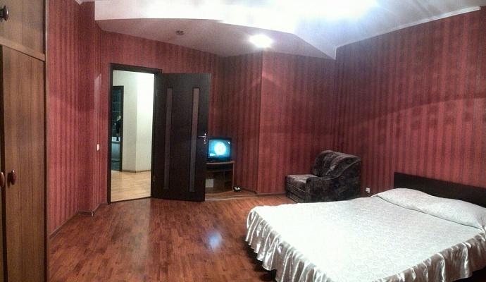 2-комнатная квартира посуточно в Ровно. ул. Соборная, 262. Фото 1